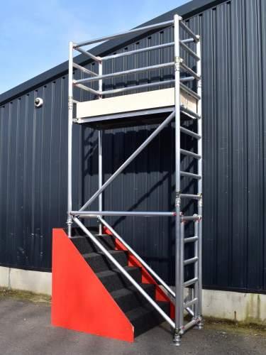 Stair Scaffold Tower 0 76m x 1 5m Long (2' x 6')