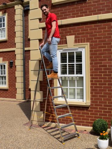 platform step ladder ladders bps access solutions. Black Bedroom Furniture Sets. Home Design Ideas