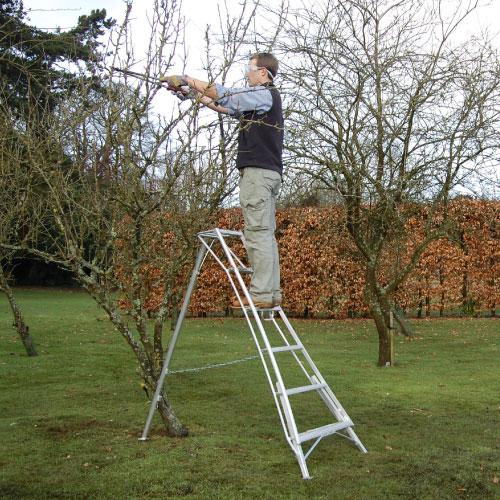 Henchman 3 Leg Tripod Ladder Ladders Bps Access Solutions